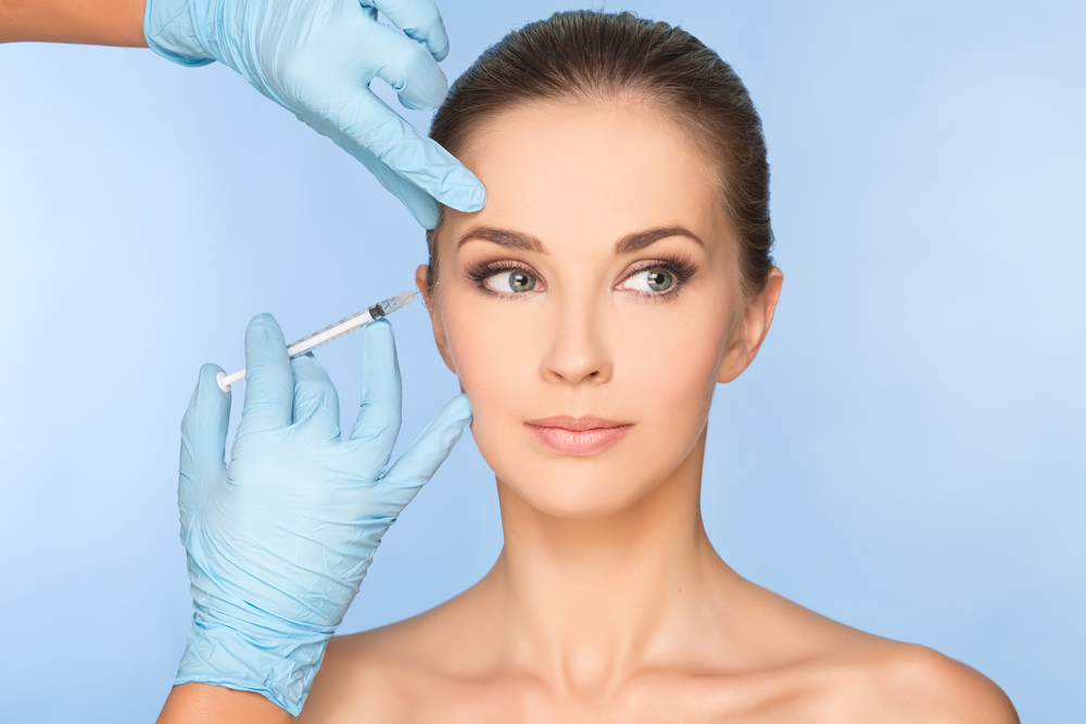 model getting botox injecitons