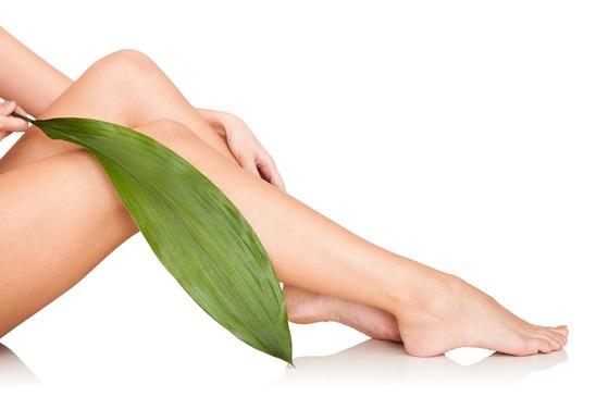women's hairless legs