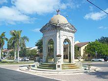 220px-North_Miami_FL_Fulford_by_the_Sea_Entrance04