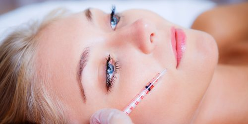 Female patient getting fillers