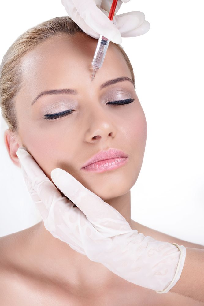 Model getting botox