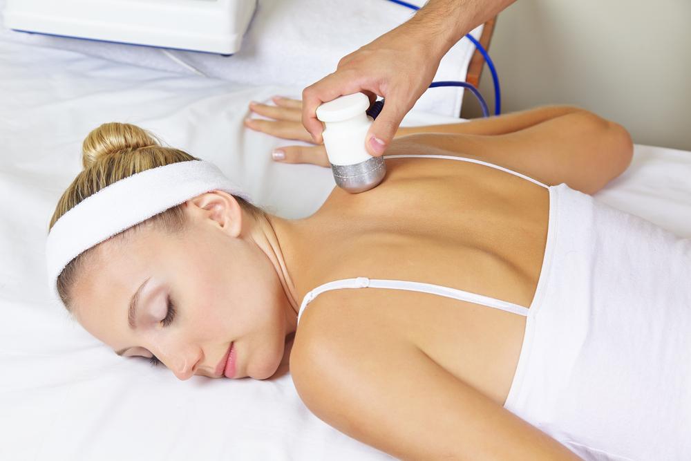 model getting a skin tightening treatment