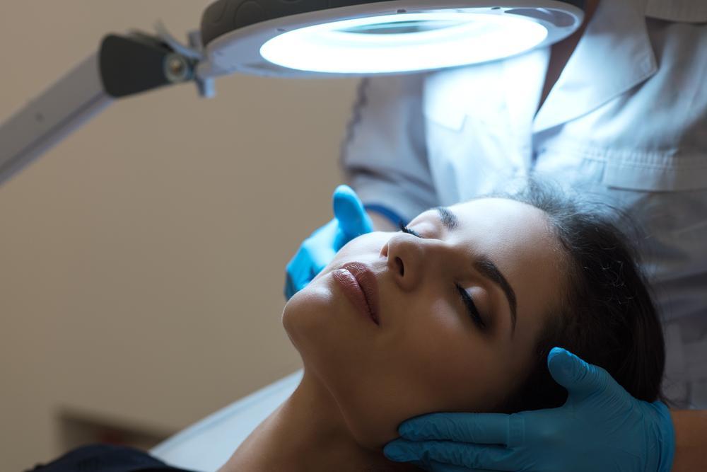model getting NovaThreads treatment