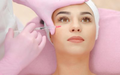 woman getting a botox treatent