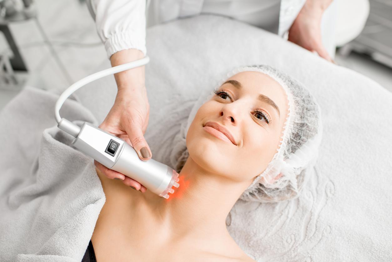 patient getting a Neck Rejuvenation treatment