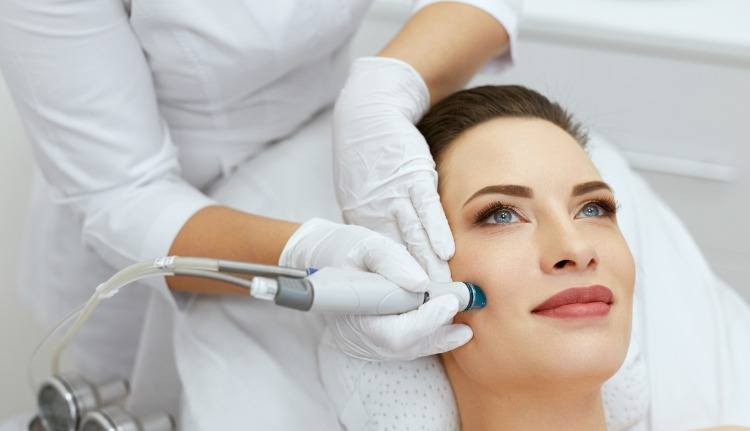 Microdermabrasion in Pinecrest